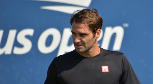Federer przeszedł kolejną operację kolana. Powrót w 2021 roku
