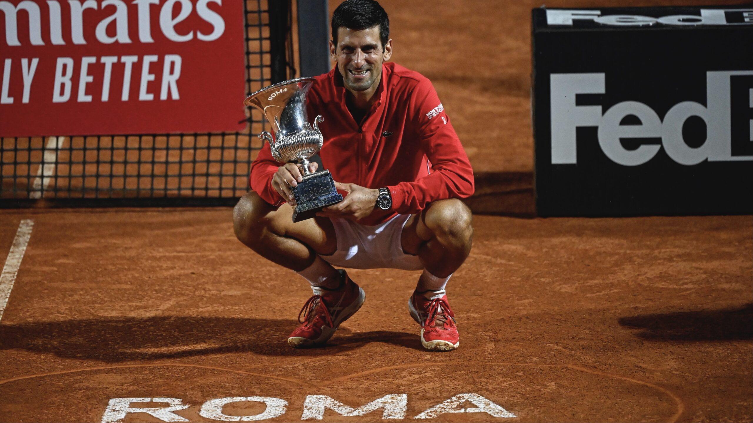 Novak Djoković triumfował w Rzymie. Rafa Nadal za plecami Serba.